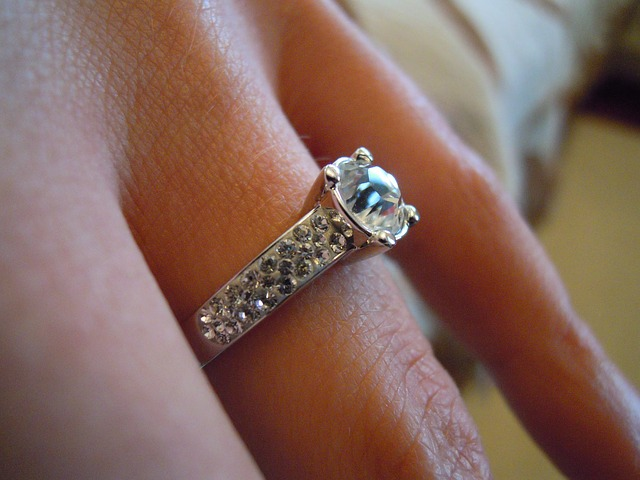 Choosing-the-Perfect-Engagement-Ring